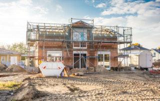 Rohbau Haus auf Baustelle